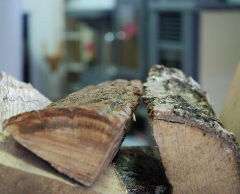 Wie lagere ich mein Brennholz?