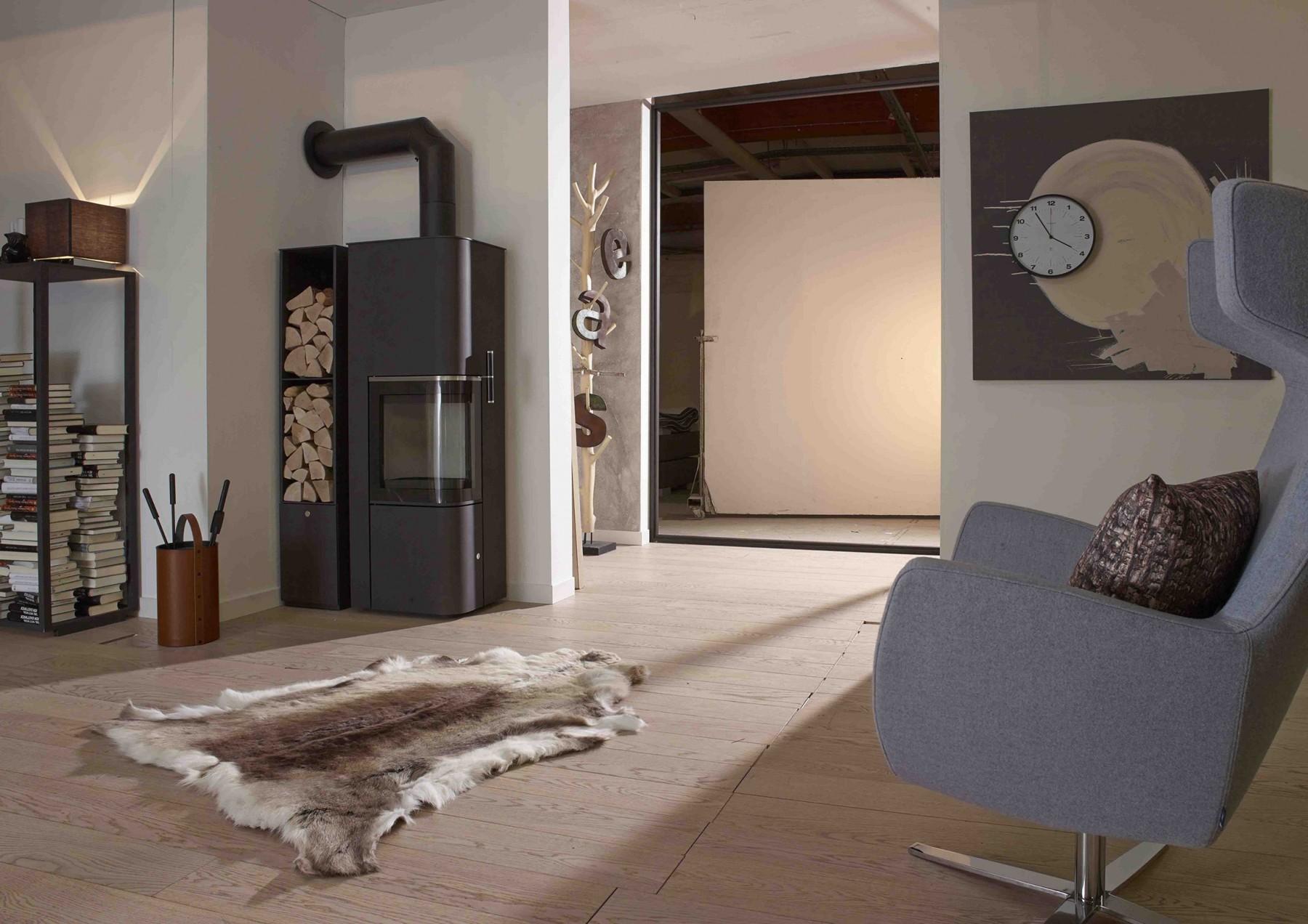 cera babylos kaminofen mit holzfach feuerland kiel. Black Bedroom Furniture Sets. Home Design Ideas